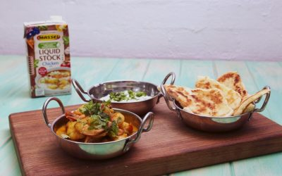 Cheats Prawn Curry with Raita Yoghurt Naan