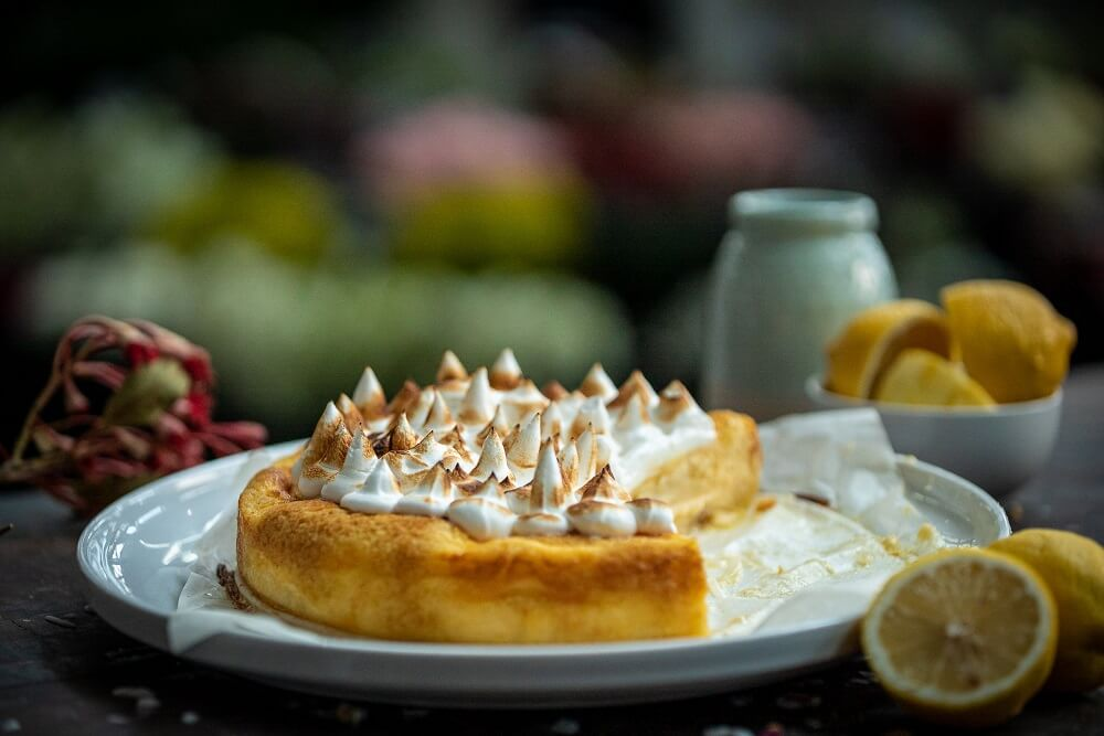 5078 Lemon Meringue Cheesecake 2 - FEATURE