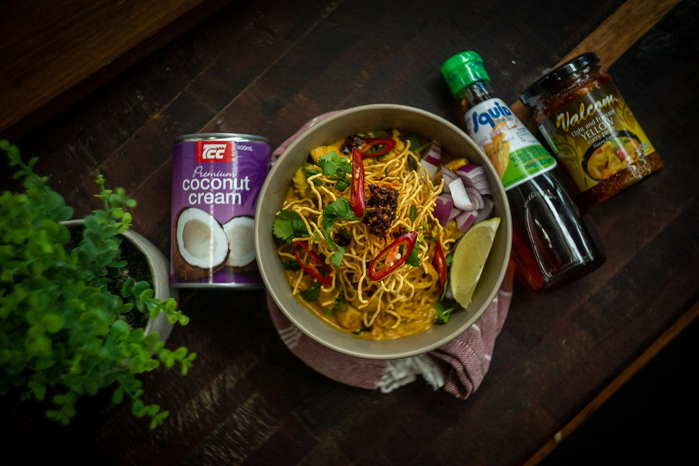5176 Northern Thai Curry Noodles (Khao Soi)6 - FEATURE