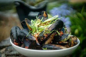 5102 Chilli Mussels 3 - FEATURE