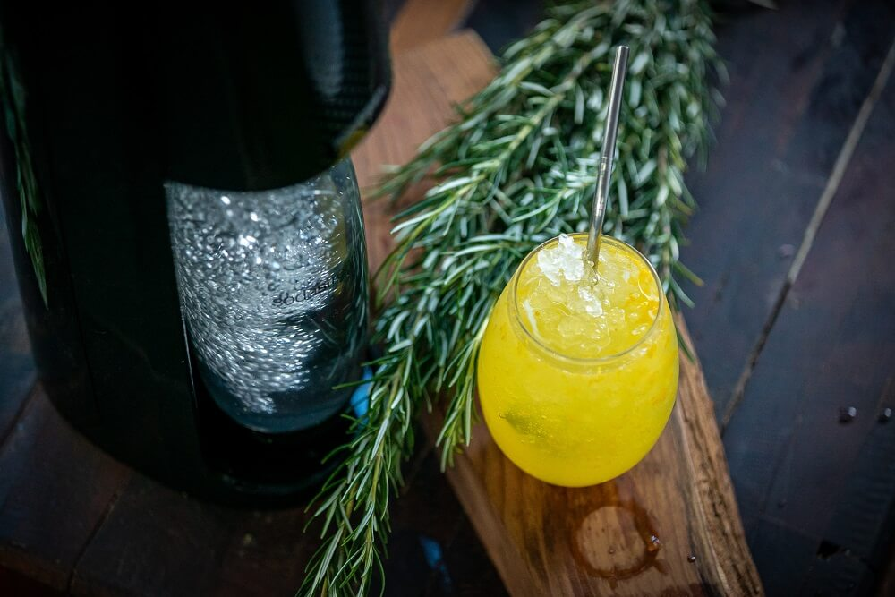 SS05 Mandarin and Rosemary Soda - FEATURE