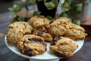 6081 Double Chocolate Chip Cookies 8 - FEATURE