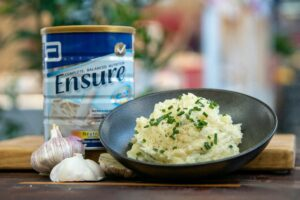 ABB601 Garlic and Chive Parmesan Mash 3 - FEATURE
