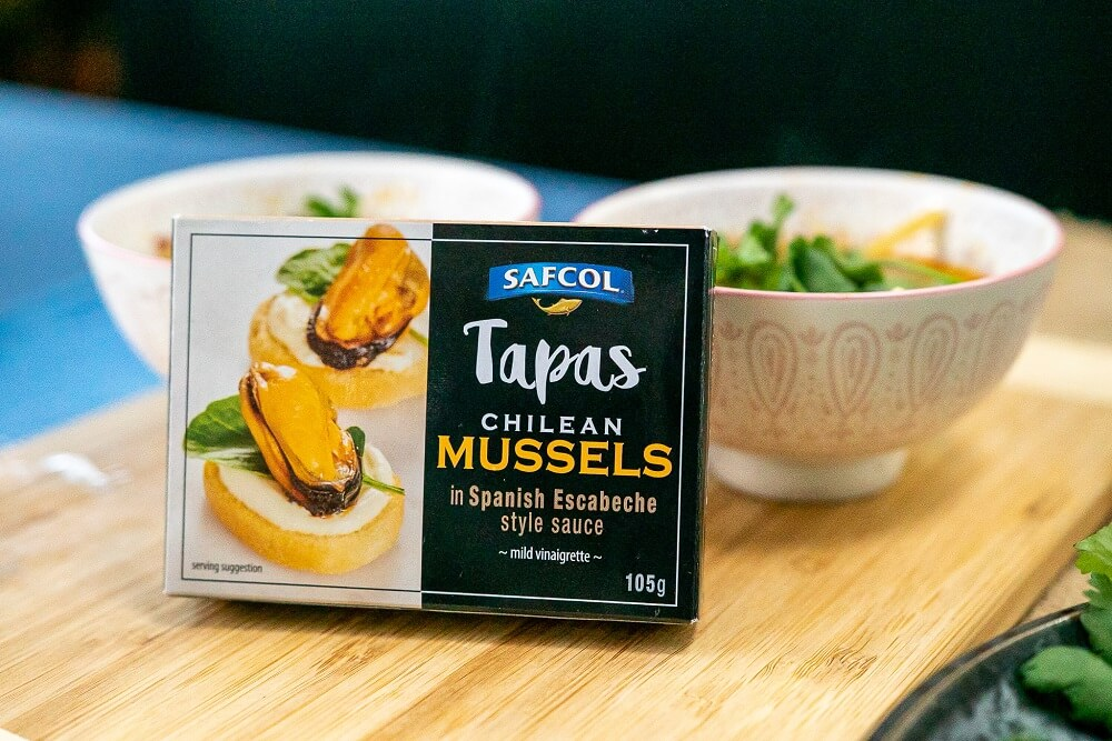 SAFCOL06 Mussels in Hot and Sour Soup 4